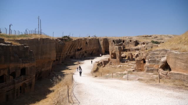 Dara ancient city is one of the most historical Eastern Roman ruins Dara ancient city is one of the most historical settlements of Mesoppotamya. There are Eastern Roman ruins. mardin stock videos & royalty-free footage
