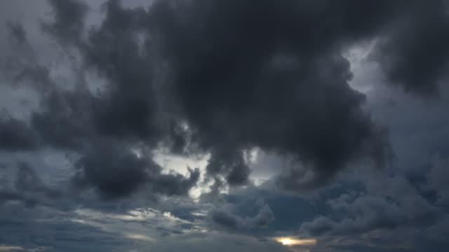 vídeos y material grabado en eventos de stock de darkcloud timelaps - tornado