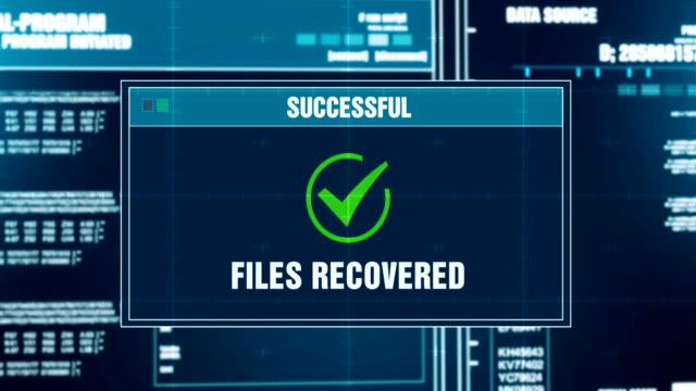 データ復旧進捗状況メッセージ ファイル回復アラート システムのログインとパスワードを入力画面。システム セキュリティ、サイバー犯罪、コンピューター概念をハッキング - 回復点の映像素材/bロール