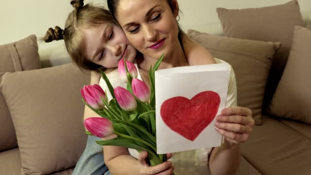 娘願いママ幸せな母日 - 母の日点の映像素材/bロール