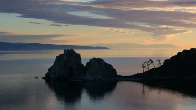 Dawn on the island video
