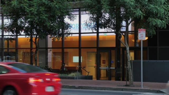 Day Establishing Shot of Big City Bank Entrance video