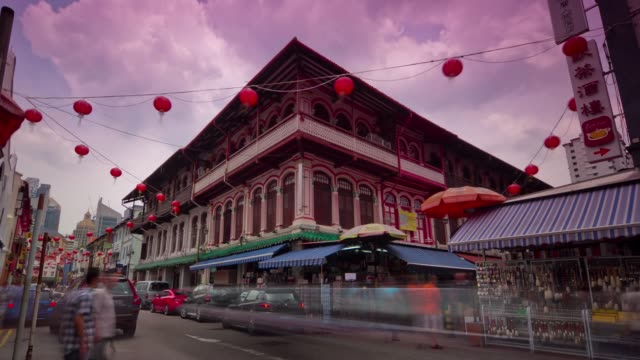 day light singapore traffic street china town block panorama 4k time lapse - ночной рынок стоковые видео и кадры b-roll