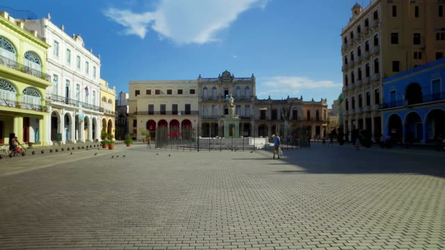 Day Morning Establishing Shot of Havana's Old Town Square video