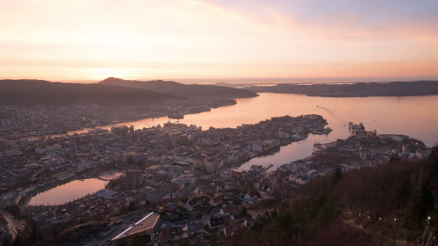 vídeos y material grabado en eventos de stock de día a la noche en bergen, noruega - bergen