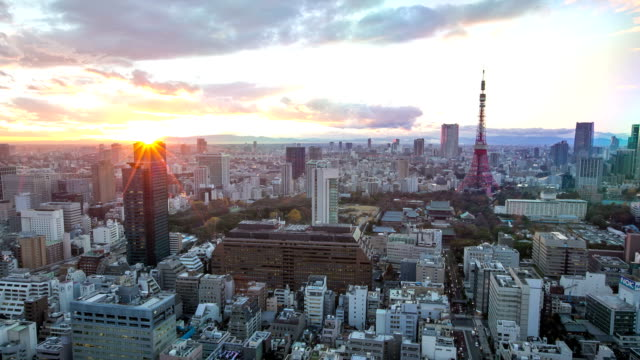 HD Day to Night Time-lapse: aerial Tokyo tower Cityscape video