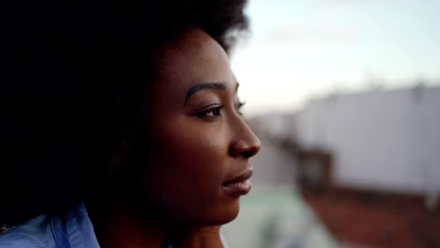 daydreamer - introspektion stock-videos und b-roll-filmmaterial