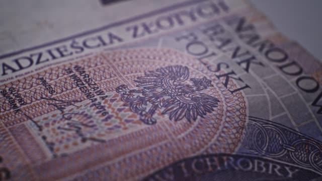 20 pln deatails closeup eu-währung - polnische kultur stock-videos und b-roll-filmmaterial