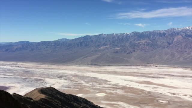vídeos de stock e filmes b-roll de death valley dante's view - parque nacional do vale da morte