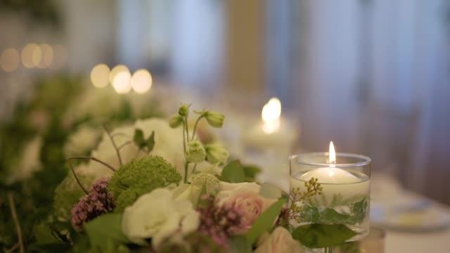 decorado mesa para la cena de boda - vídeo
