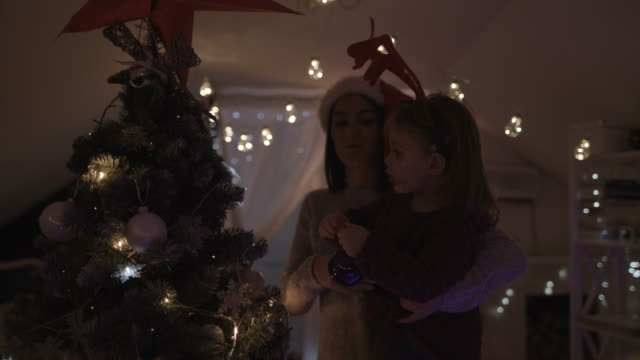 Decorating Christmas tree with my mom 4K video