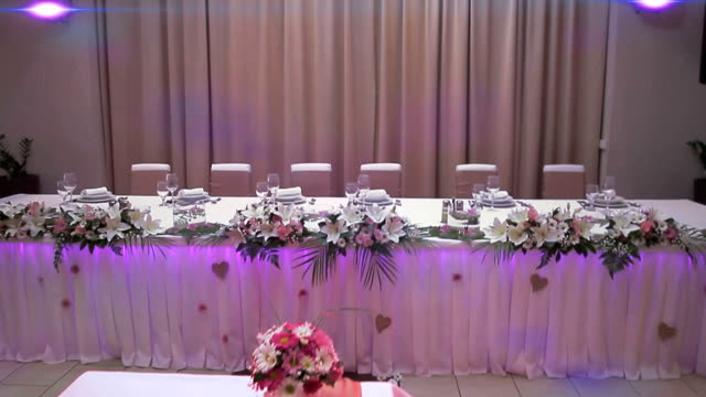 Decoration of the table video
