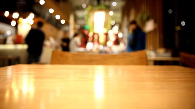 stockvideo's en b-roll-footage met intreepupil cafe-koffie - restaurant table
