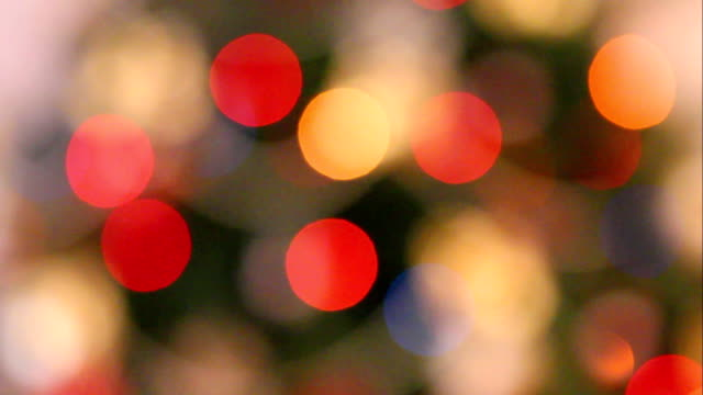 stockvideo's en b-roll-footage met intreepupil kerstmis lights achtergrond - christmas lights