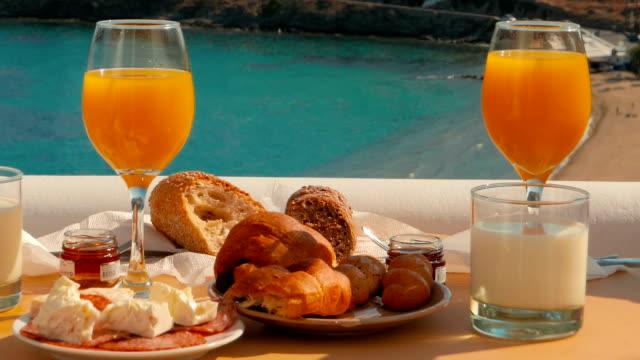 delicious breakfast in a mediterranean island - средиземноморская культура стоковые видео и кадры b-roll