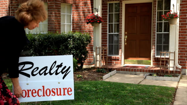 delivering foreclosure notice - foreclosure stock videos & royalty-free footage