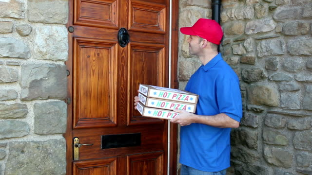 Delivering Pizzas to a House - Dolly video