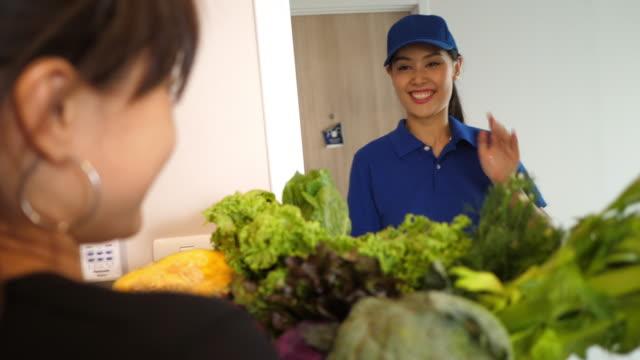 Delivey food as customer order