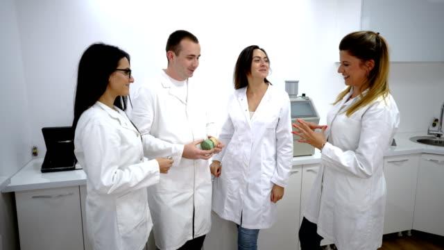 Dentist teamwork video