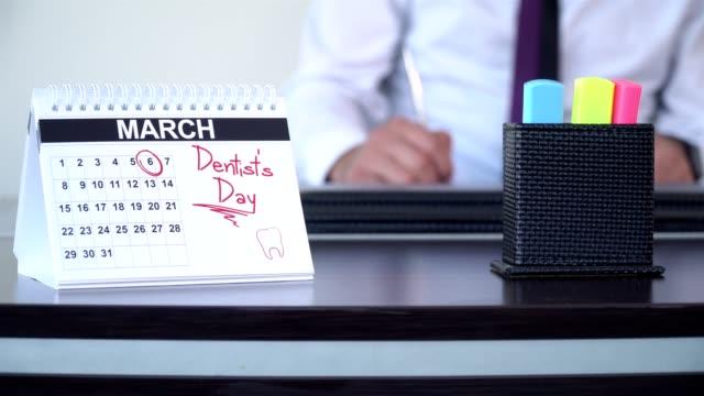 tandläkarens dag - special - calendar workout bildbanksvideor och videomaterial från bakom kulisserna