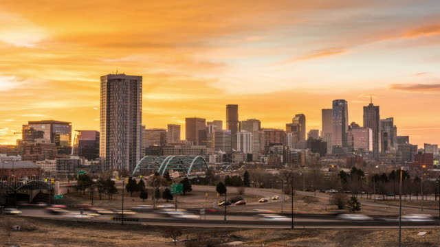 denver colorado city skyline - колорадо стоковые видео и кадры b-roll