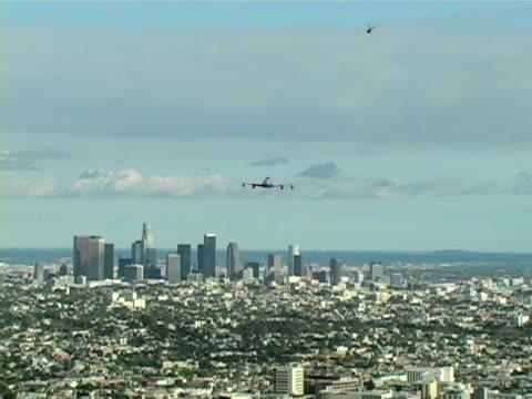 Departing L.A. video