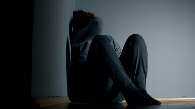 stockvideo's en b-roll-footage met depressie - ongerustheid