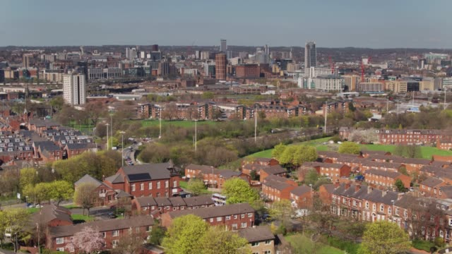 Descending Drone Shot of Leeds City Centre and Holbeck video