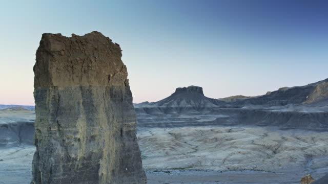 Descending Drone Shot of Rocky Pinnacle in Miller Canyon, Utah video