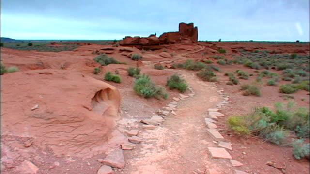 Desert path to Wukoki Pueblo video