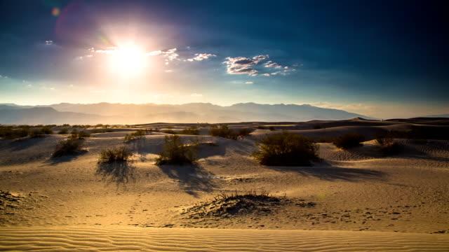 vídeos de stock e filmes b-roll de deserto - parque nacional do vale da morte