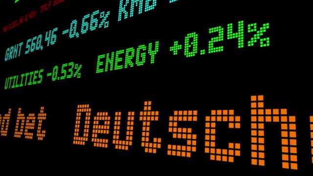 vídeos y material grabado en eventos de stock de deutsche bank perdió 1,6 mn en cotización de bonos mal cronometrados - recesión