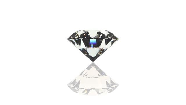 diamante, gioiello, gemma, sfondo bianco - brillante video stock e b–roll