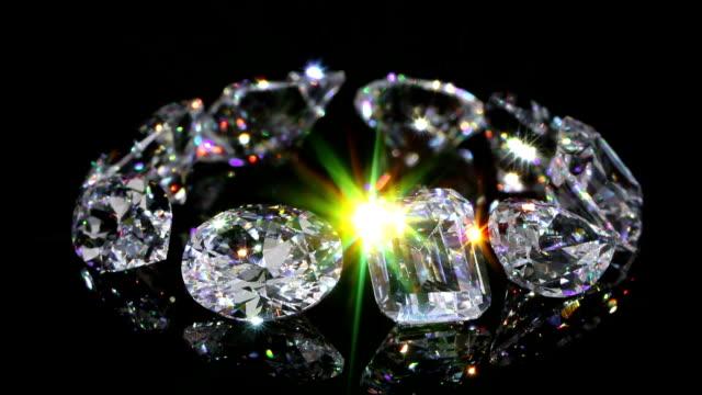 diamond loose image loopable (1st) - elmas stok videoları ve detay görüntü çekimi