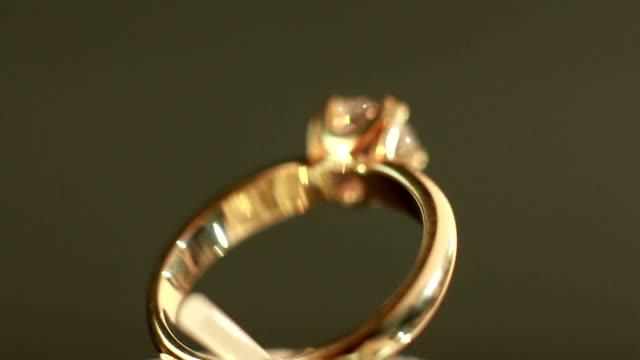 elmas yüzük - bling bling stok videoları ve detay görüntü çekimi