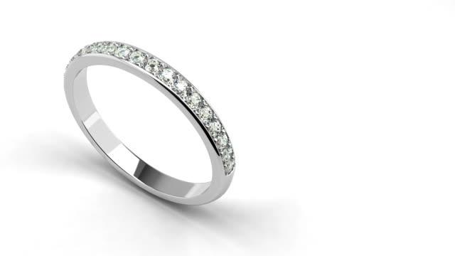 ダイヤモンドの結婚指輪 - 指輪点の映像素材/bロール