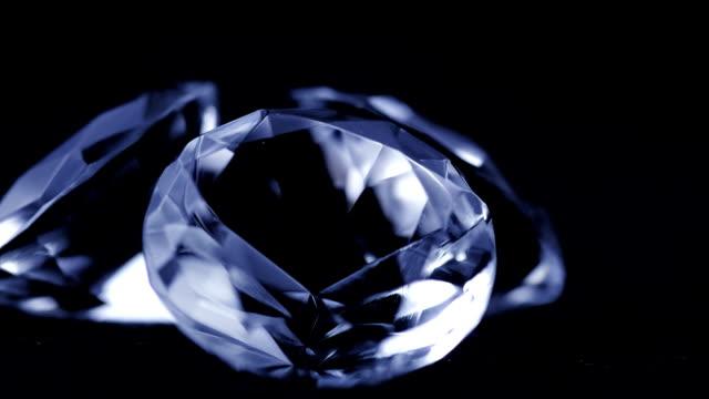 Diamonds Rotating video