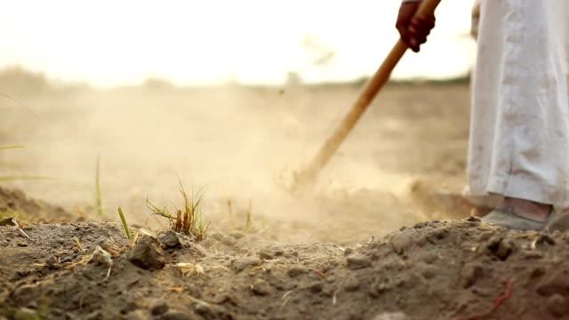 掘る - ハリヤナ州点の映像素材/bロール