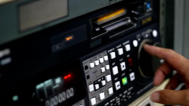 videocamere digitali - mangianastri video stock e b–roll