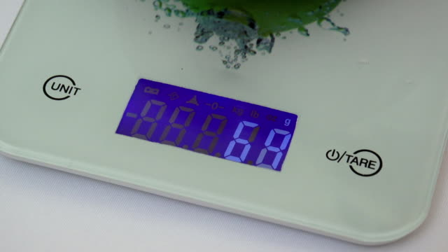 Digital kitchen scale video