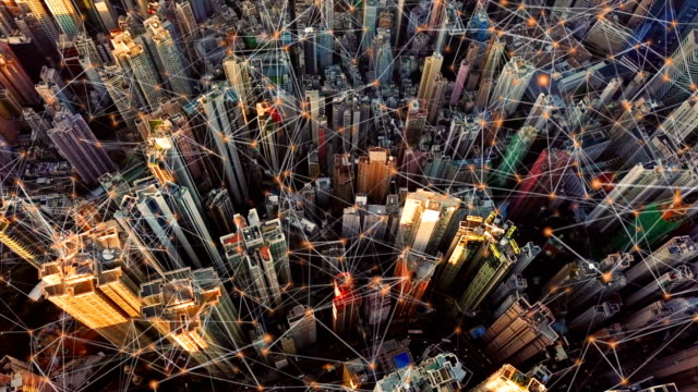 香港ダウンタウンのデジタル ネットワーク接続回線。金融街とビジネス センター技術コンセプトのスマート都市。超高層ビルと超高層建物の平面図です。航空写真ビュー - コンピュータ機器点の映像素材/bロール