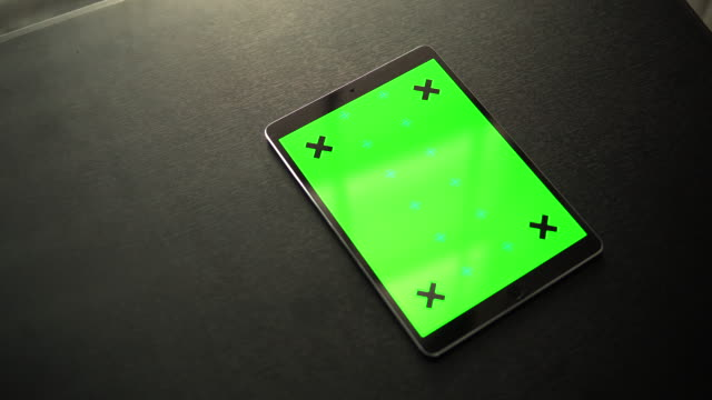 Digital Tablet with Green screen display
