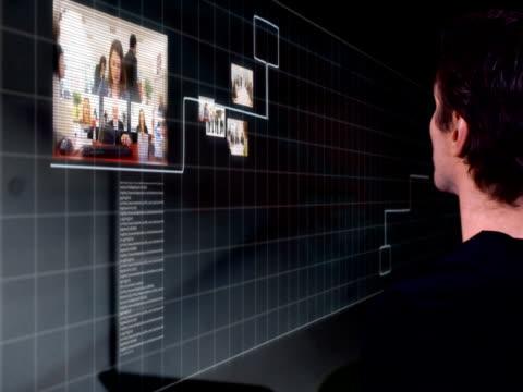 digital touch screen media future - bir orta yetişkin erkek sadece stok videoları ve detay görüntü çekimi