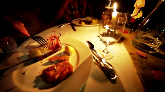 Dinner Luxury at candlelight video