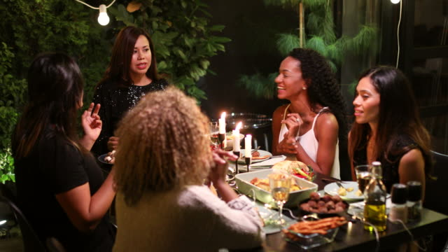 Dinner-party – Video