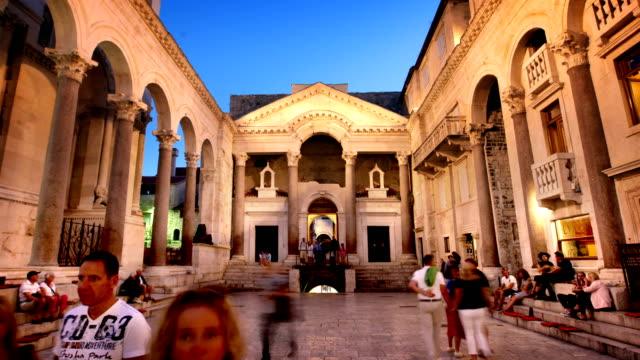 diocletian's palace split croatia - хорватия стоковые видео и кадры b-roll