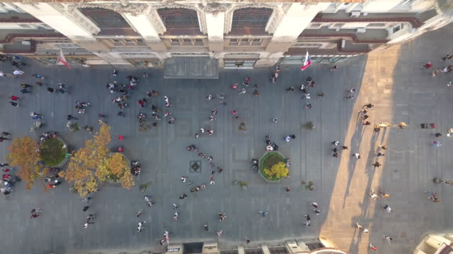 directly above pedestrian zone in knez mihailova street in belgrade - белград стоковые видео и кадры b-roll