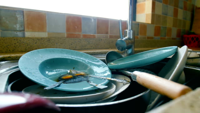 dirty dishes waiting wash - kitchen room video stock e b–roll