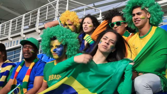 Os fãs de facto esperar do Brasil, pontuação - vídeo