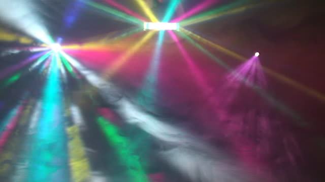 Luces de discoteca en club nocturno - vídeo